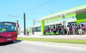 Las obras en el tranvía obligan a completar en bus el trayecto de Terra Natura a los campus