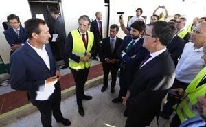 Ballesta no asistirá a la fiesta de la plataforma pero sí al acto convocado por López Miras