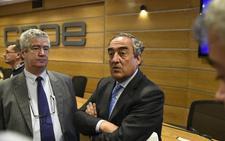 La CEOE advierte de que subir impuestos a las empresas afectará «a las inversiones y al empleo»