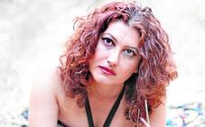 Gabriela Amorós: «Un gorrión me enseñó a dar amor»
