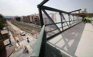 La Plataforma Pro Soterramiento dice que ya no hay «muro» porque se mantiene el paso nivel