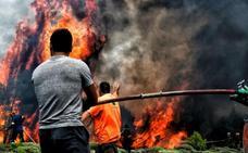 Grecia busca a los desaparecidos de los incendios que dejan ya 79 muertos