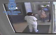 Detenida por defraudar 16.000 euros a la anciana a la que debía cuidar en Cartagena