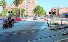 Inquietud por el parón de dos meses en las obras urbanas del paso a nivel de Cervantes