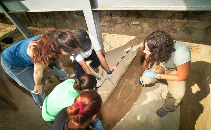 Huesos hallados en Los Villaricos aportan datos médicos sobre sus moradores
