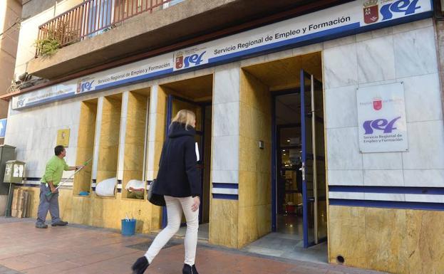 Oficina Del Paro Murcia Of El Paro Baja En Personas Y Registra El Mejor Dato