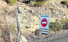 El Puerto corta el acceso a la Punta de Aguilones para regenerarla