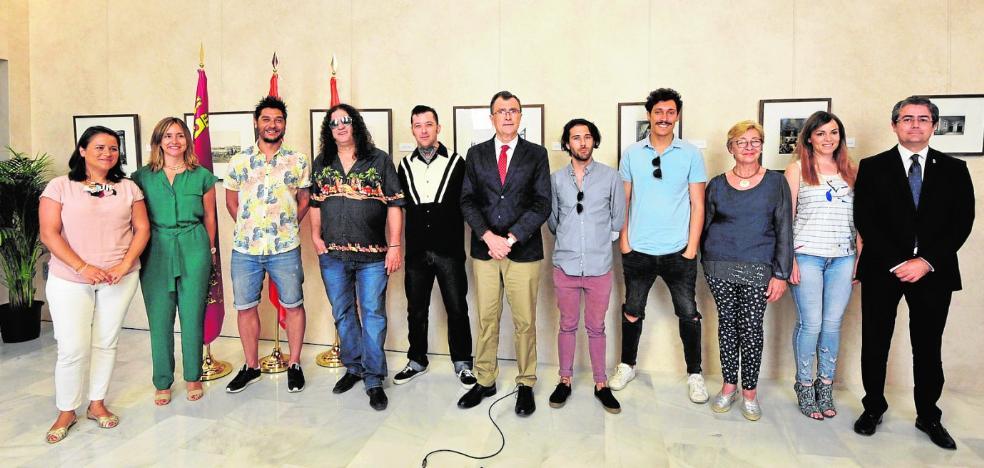 El alcalde elige como pregoneros de la Feria a varios cantantes murcianos