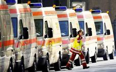 Las ambulancias y los coches de bomberos llevarán luces azules a partir de ahora