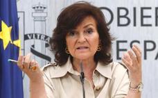 Calvo reprocha a Casado y Rivera que prefieran la postura «xenofoba» de algunos países europeos