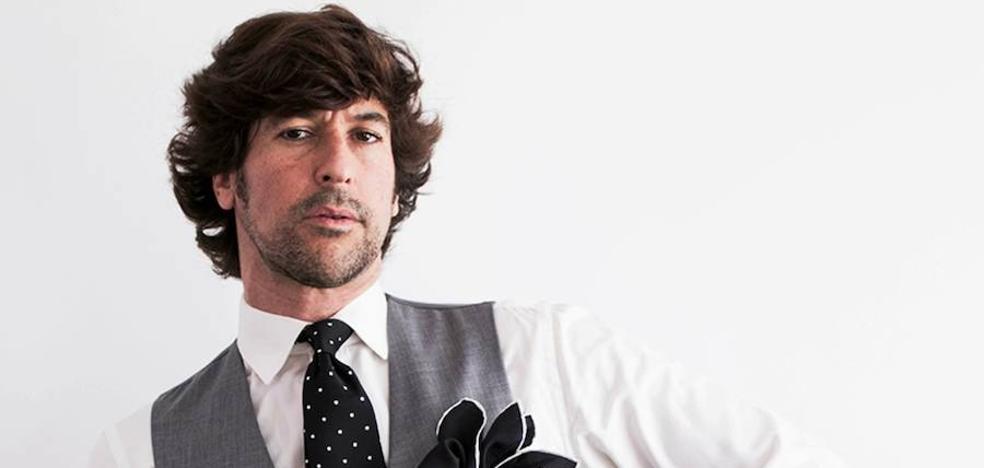 Manuel Lombo: «Me vendo más como cantante que como cantaor»