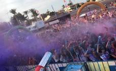 La 'Holi Day Party' reúne a más de 1.000 jóvenes en San Pedro del Pinatar