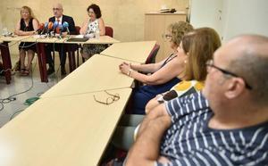 La Asociación de Afectados por iDental denuncia tres posibles casos de hepatitis B de los que Salud «no tiene constancia»