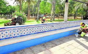 Casi doscientos trabajadores preparan los parques y jardines de Murcia para la Feria de Septiembre