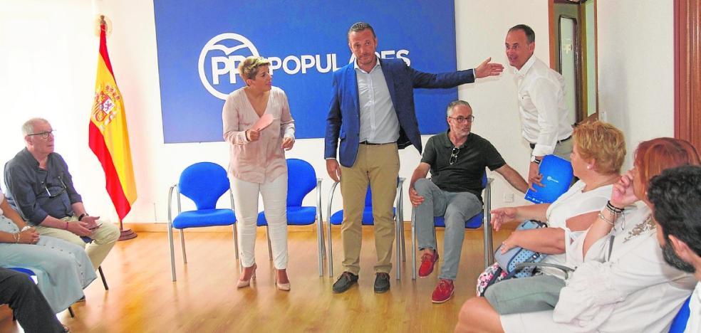 Arroyo se lanza como candidata a la alcaldía de Cartagena rodeada de empresarios