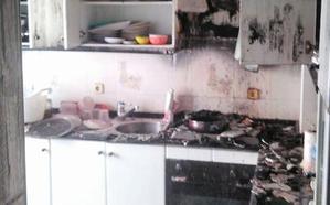 Extinguido el incendio de una vivienda en San Pedro del Pinatar