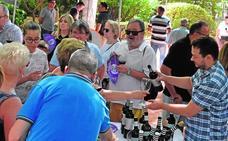 La Miniferia permite degustar cien vinos