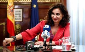 El Gobierno planea bajar el IVA a los productos de higiene femenina en 2019