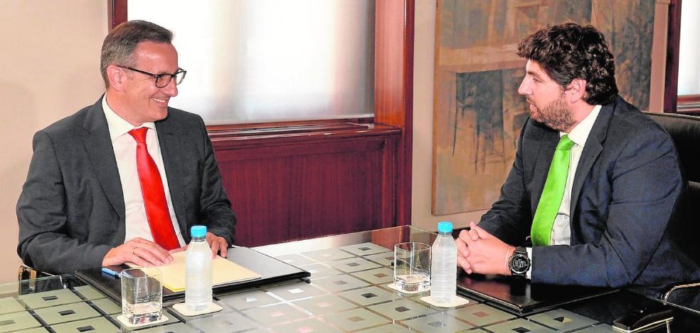 Conesa pide por carta a Miras volver a reunirse para hablar de agua y Lorca