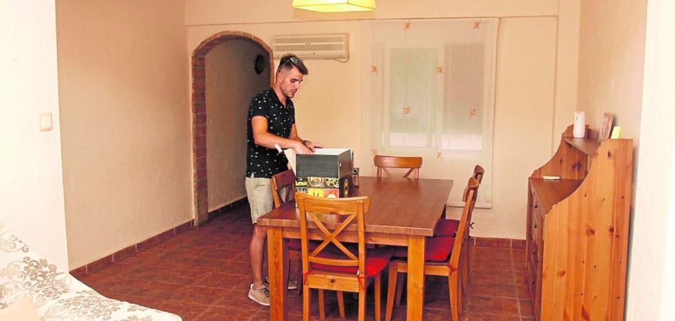 «Estuvimos más de un año buscando un piso y hemos acabado en San Ginés»