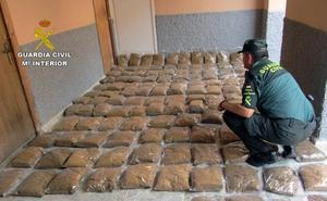 Golpe al contrabando de tabaco picado en cuatro municipios de la Región