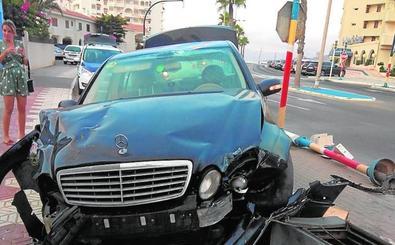 Herida leve tras empotrar su coche en La Manga