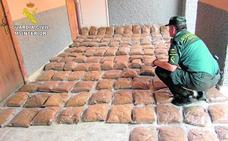 Confiscan casi 200 kilos de tabaco de liar de contrabando