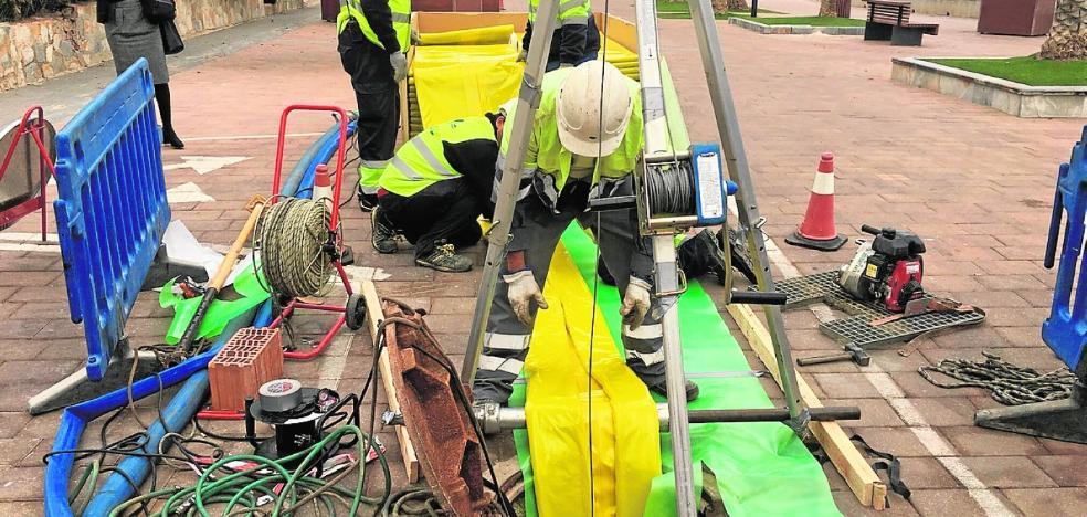 Un sellado con fibra de vidrio reparará las tuberías dañadas por las riadas sin abrir zanjas