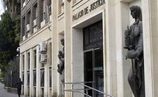 Multa de 270 euros a una mujer que amenazó a su excuñada con «rajarla»