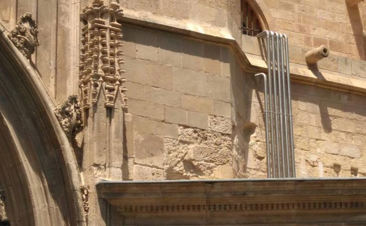 Desperfectos en la Catedral de Murcia