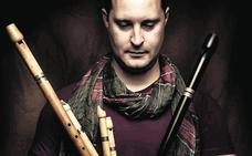 «La mayoría de instrumentos que toco en directo son difíciles de ver»