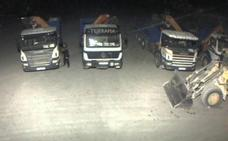 Roban dos camiones a una empresa de construcción en Mazarrón