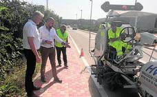 Fomento repinta las marcas de cuatro carreteras regionales