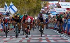 Nacer Bouhanni se impone al esprint en San Javier