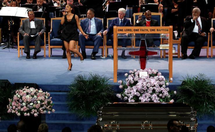 Multitudinario funeral para cantar un adiós a la reina del soul