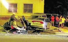 Herido en Murcia tras empotrarse contra varios coches y un semáforo
