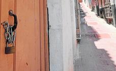 Vecinos de la calle Alta de Lorca impiden que varios okupas tomen una vivienda