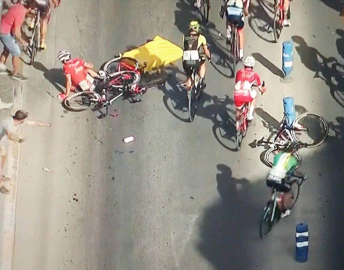 Perico Delgado ve una posible negligencia en el accidente de La Vuelta a su paso por La Unión