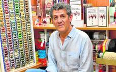 Paco López Mengual: «La literatura me ha tocado fuerte, ya es casi un vicio»