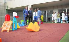 El Santa Lucía ofrece a los niños ingresados un nuevo lugar de ocio
