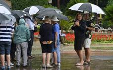 Las lluvias obligan a cancelar fiestas y desfiles en la Región