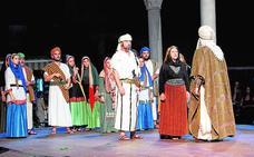 Moros y Cristianos recrean la histórica fundación de la ciudad