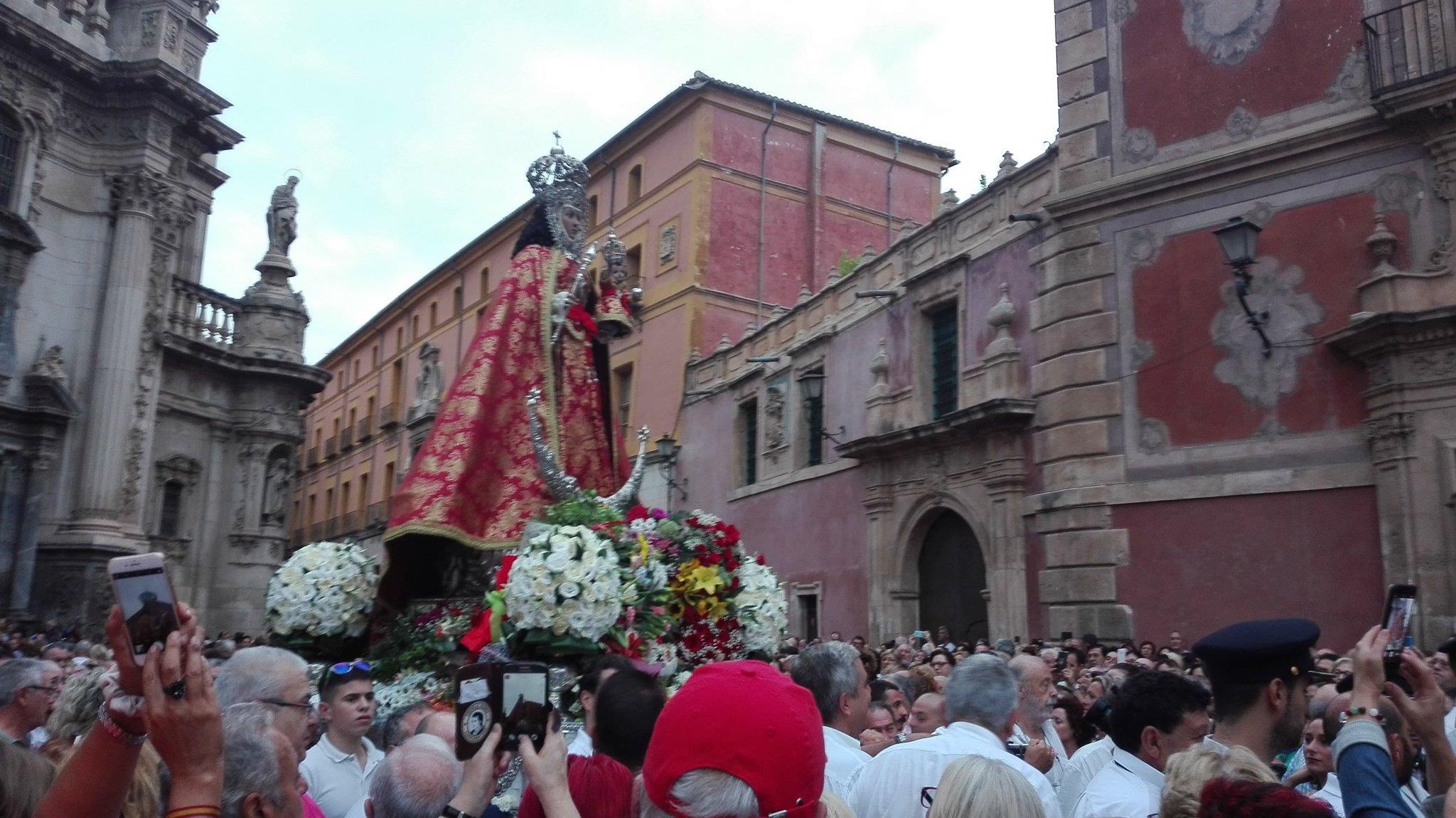 La Fuensanta, en romería hacia a su santuario