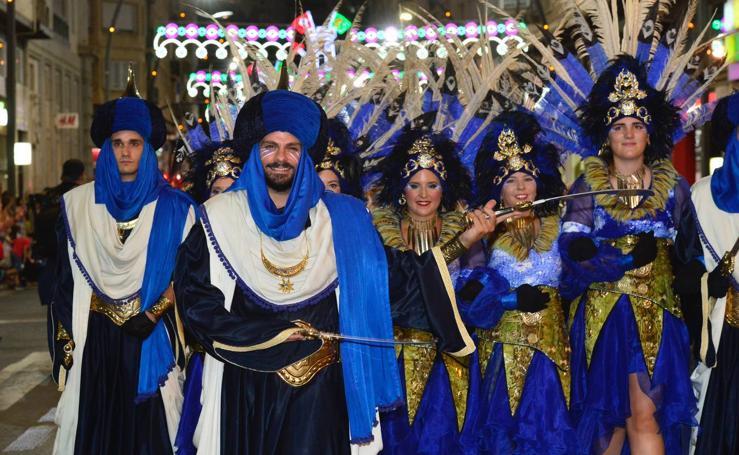 Moros y Cristianos cierran una semana de tradición y fiesta