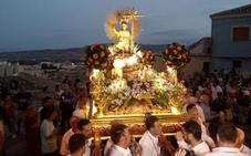 Cientos de feligreses acompañan al Niño a Santo Domingo