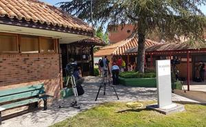 La Universidad defiende la «normalidad del proceso» y el PSOE carga contra PP y Cs