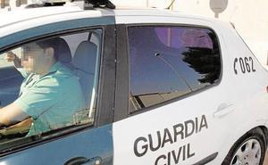 Detenidos tres chicos de un centro de menores de Valencia por abusos a dos niñas en unos columpios