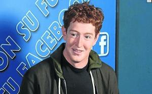 La OCU condena a Mark Zuckerberg a la hoguera