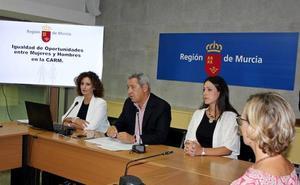 El II Plan de Igualdad recogerá las propuestas del personal de la Administración regional