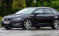 El exclusivo Seat León ST Cupra Black Carbon llega a Ginés Huertas Cervantes